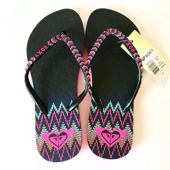 """96dcea1e332e Roxy Women s """"Lei"""" Flip Flops Sandals Black   Pink"""
